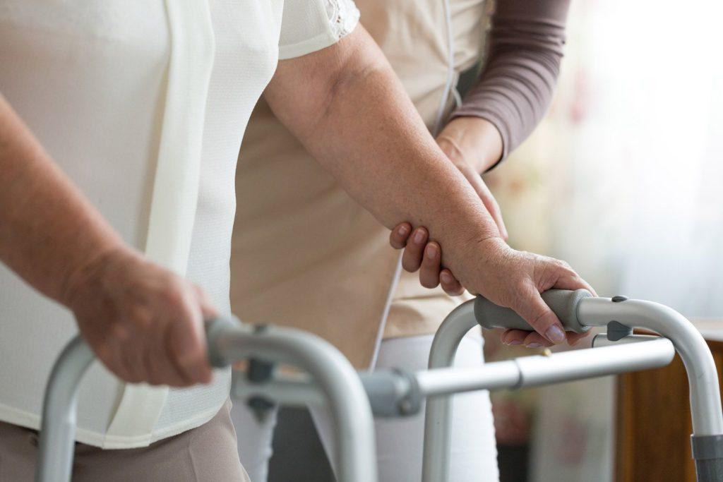 La Importancia del Fisioterapeuta en las Residencias de Ancianos