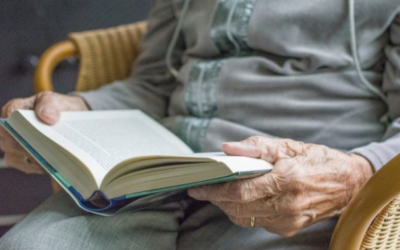 Beneficios de la lectura para los mayores