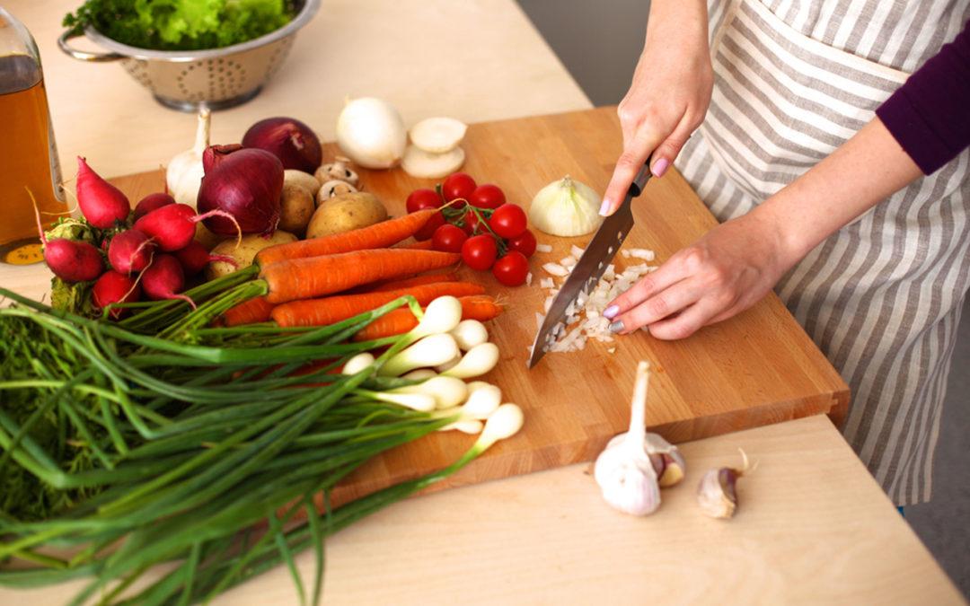 Importancia de alimentación en la población geriatricaen